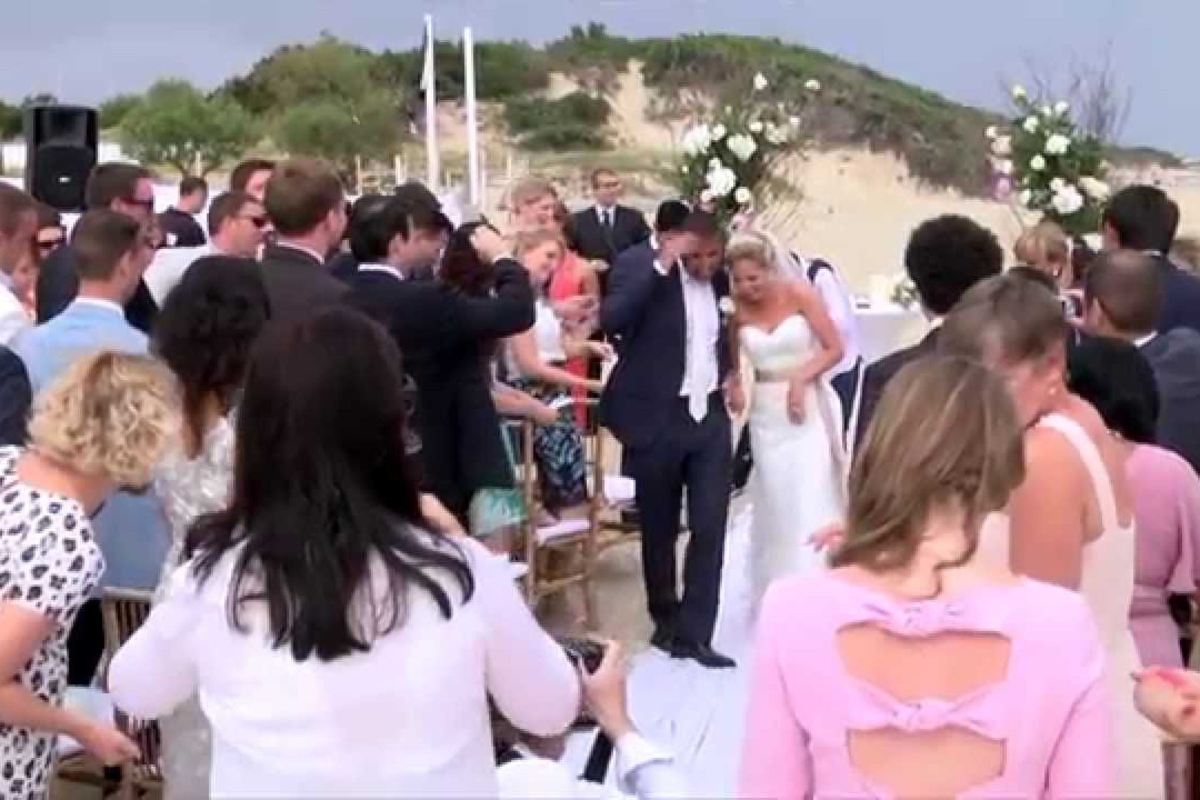 video trailer Wedding in Puglia Matrimonio in spiaggia